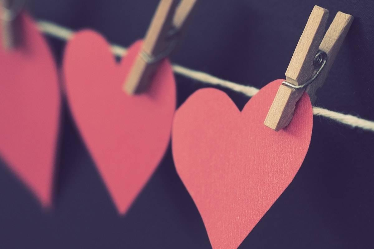 pexels-london-shutter-co-heart